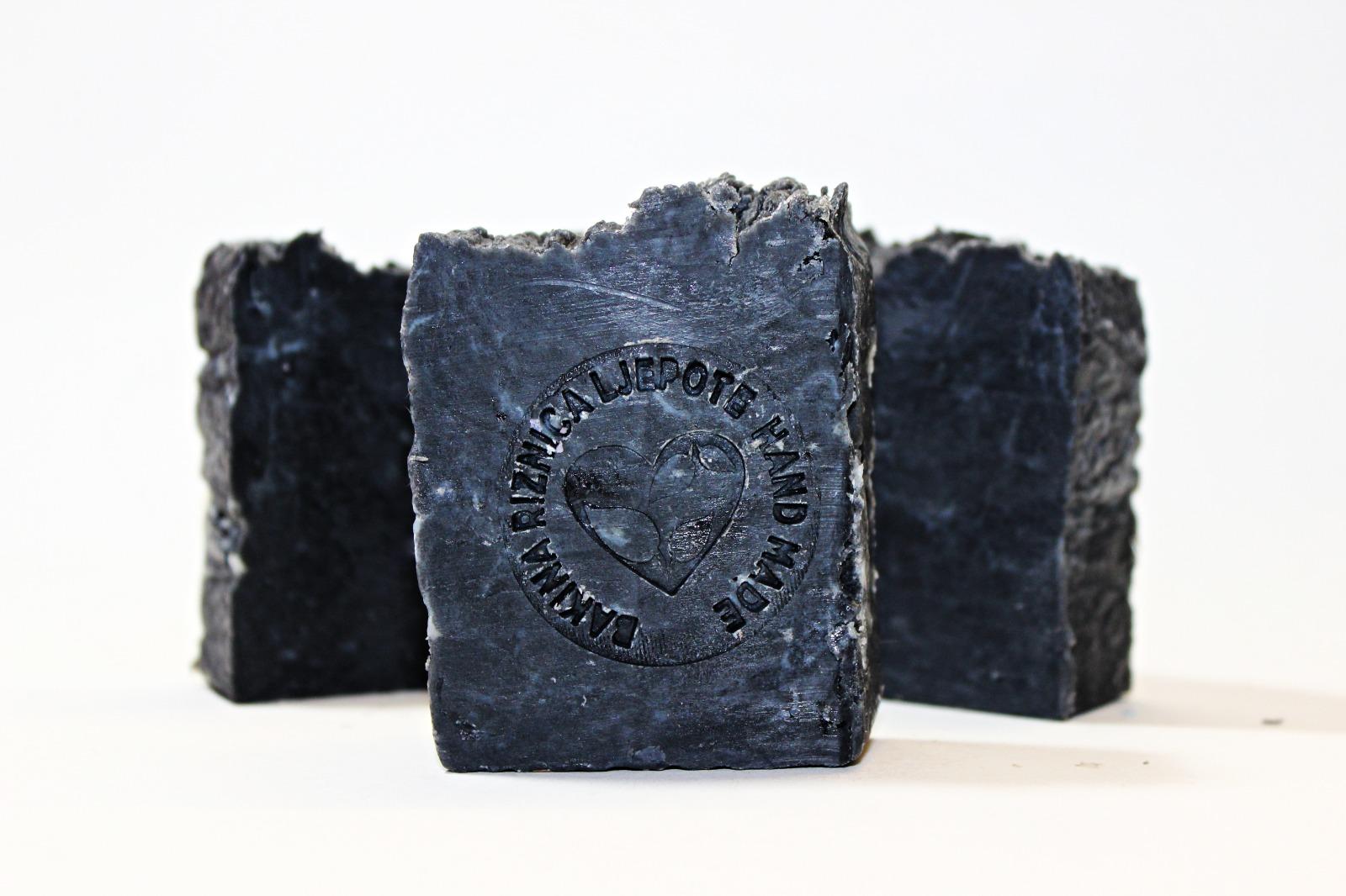 BLACK JACK - sapun s medicinskim ugljenom